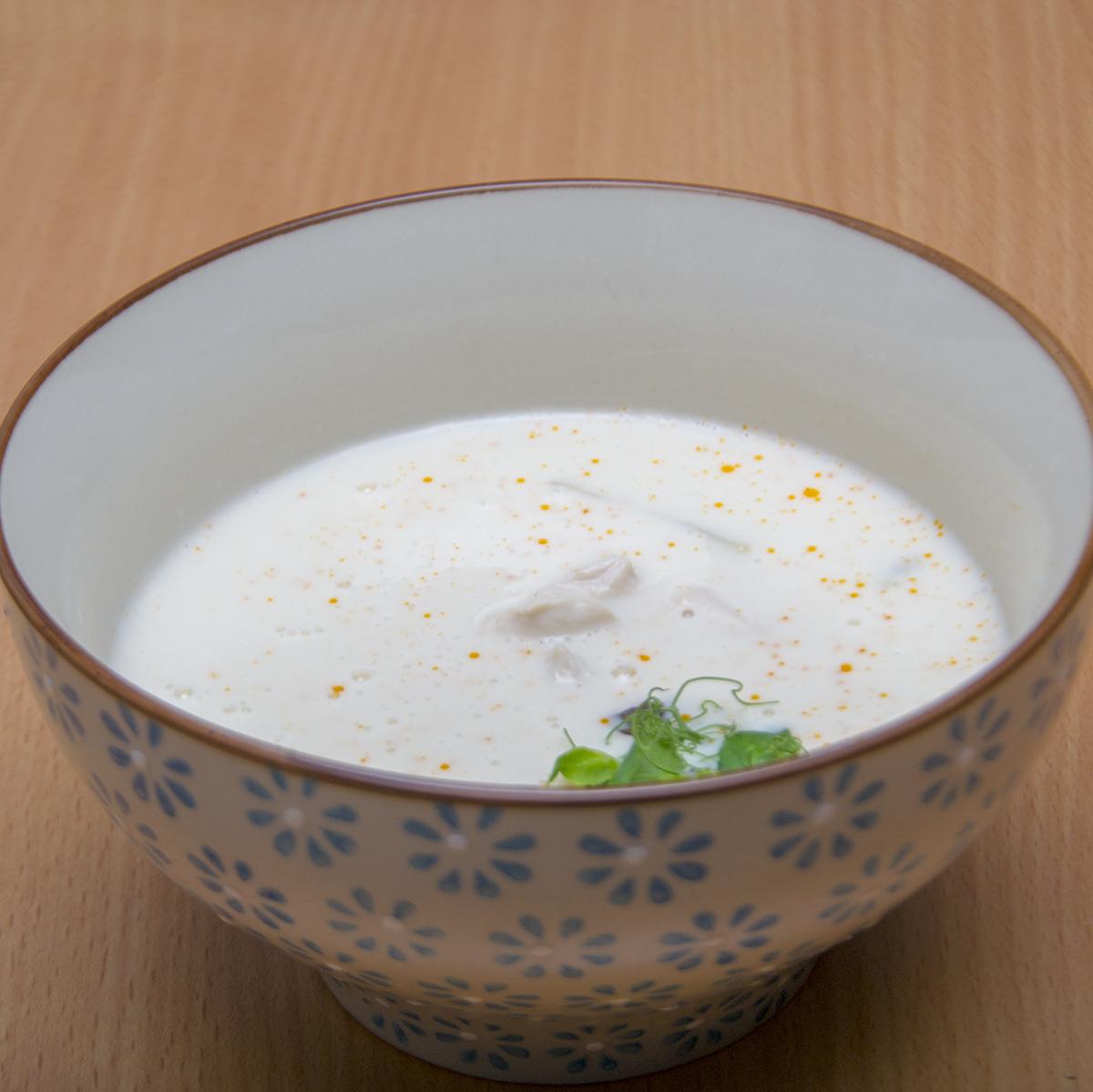 une recette de tom kha ka la soupe thai au poulet citronnelle et coco. Black Bedroom Furniture Sets. Home Design Ideas
